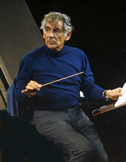 a biography of leonard bernstein an american composer Leonard bernstein (pronounced /ˈbɜrnstaɪn/, us dict: bûrn′ tīn [1] august 25, 1918 – october 14, 1990) was an american conductor, composer, author, music lecturer and pianist he was among the first conductors born and educated in the united states of america to receive worldwide acclaim.